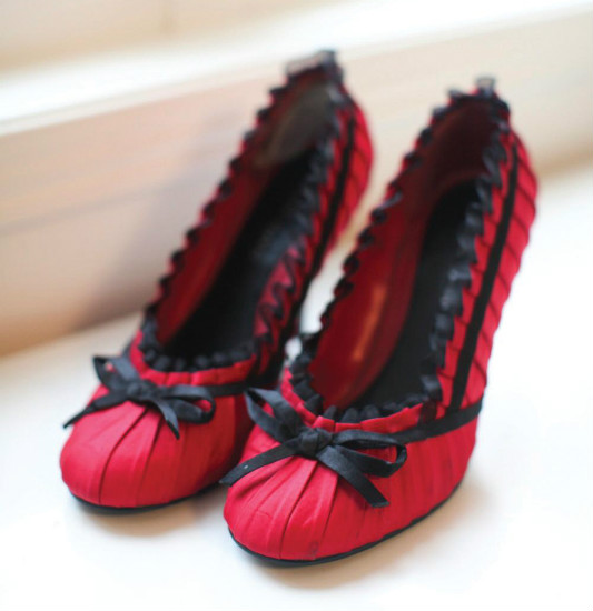 Bridal Shoes Ottawa: Red And Black Wedding Shoes